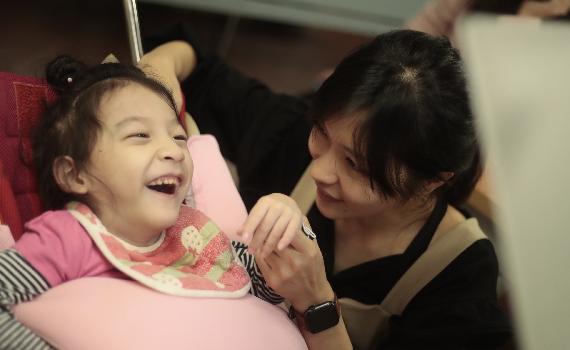眼動老師專訪—有張力的孩子可以使用眼控嗎?